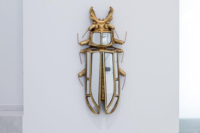 Dekoracje wnętrz - złote owady na ścianę